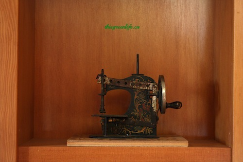 oldest toy sewing machine